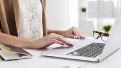 企业如何快速搭建消费者评论系统?